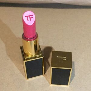 Authentic Tom Ford lipstick the perfect kiss